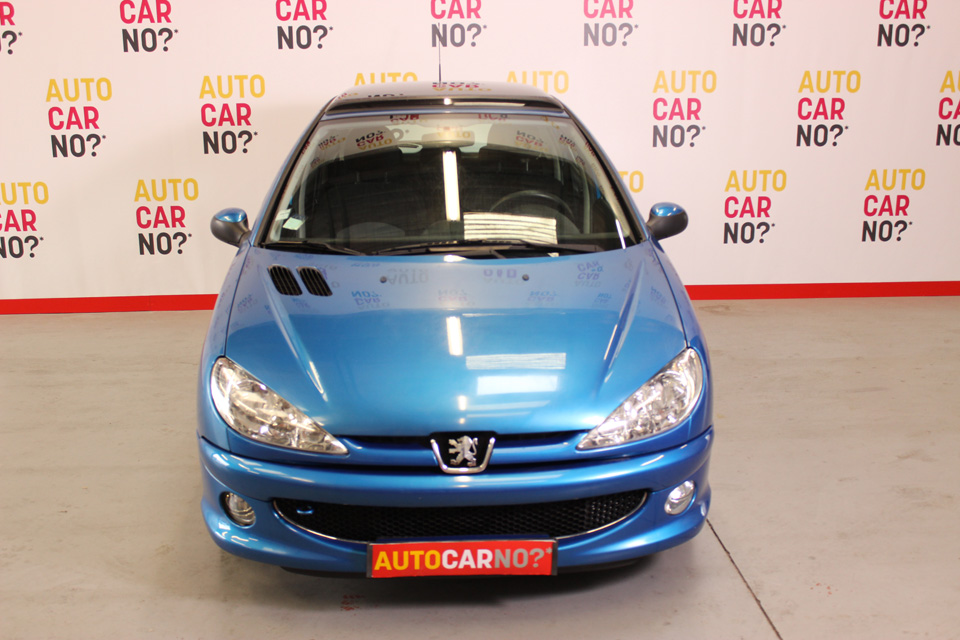 occasion peugeot 206 1 4 hdi 70 style 5p bleu clair diesel montpellier 7999 auto car no. Black Bedroom Furniture Sets. Home Design Ideas