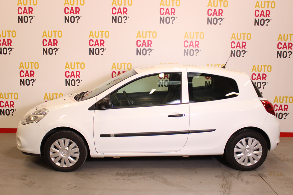 occasion renault clio iii societe dci 75 eco2 air blanc diesel montpellier nos occasions entre. Black Bedroom Furniture Sets. Home Design Ideas