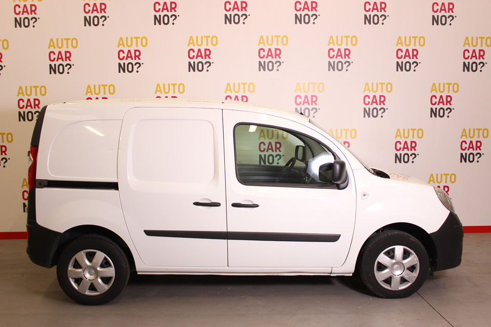 occasion renault kangoo 2 express extra l1 dci 75 euro5 blanc diesel avignon 8100 auto car no. Black Bedroom Furniture Sets. Home Design Ideas
