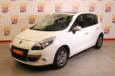 Voiture occasion RENAULT SCENIC III 1.5 DCI 110 FAP 15TH blanc Diesel Nimes Gard