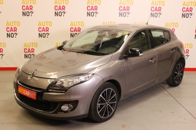 Voiture occasion RENAULT MEGANE III 1.6 DCI 130 ENERGY FAP BOSE ECO2 Gris Diesel Montpellier Hérault