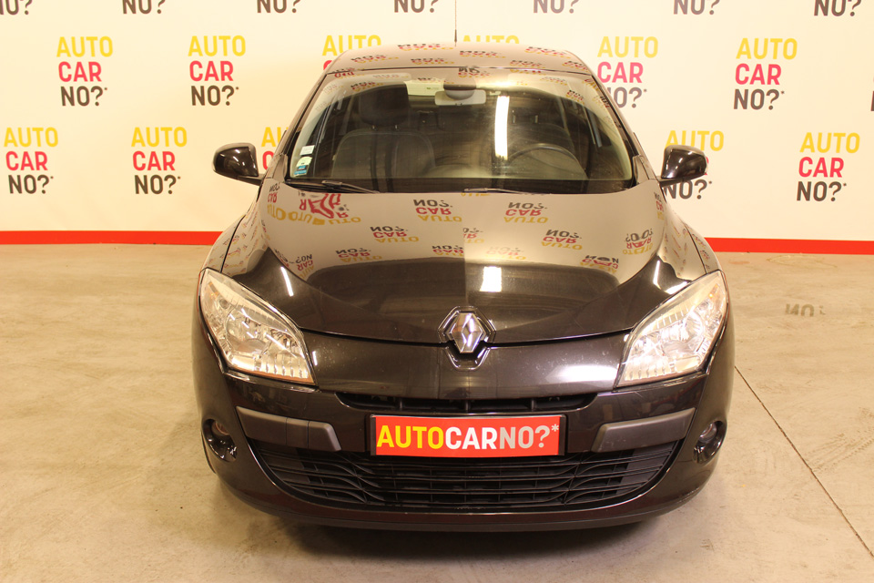 occasion renault megane iii 1 9 dci 130 dynamique noir diesel montpellier 8196 auto car no. Black Bedroom Furniture Sets. Home Design Ideas