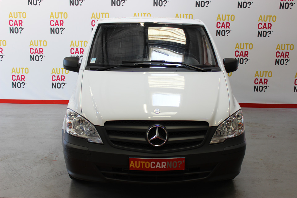 occasion mercedes vito fourgon compact 110 cdi 2t8 blanc diesel avignon 8299 auto car no. Black Bedroom Furniture Sets. Home Design Ideas