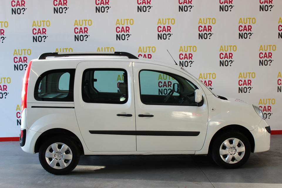 occasion renault kangoo 2 1 5 dci 105 privilege blanc diesel nimes 8309 auto car no. Black Bedroom Furniture Sets. Home Design Ideas