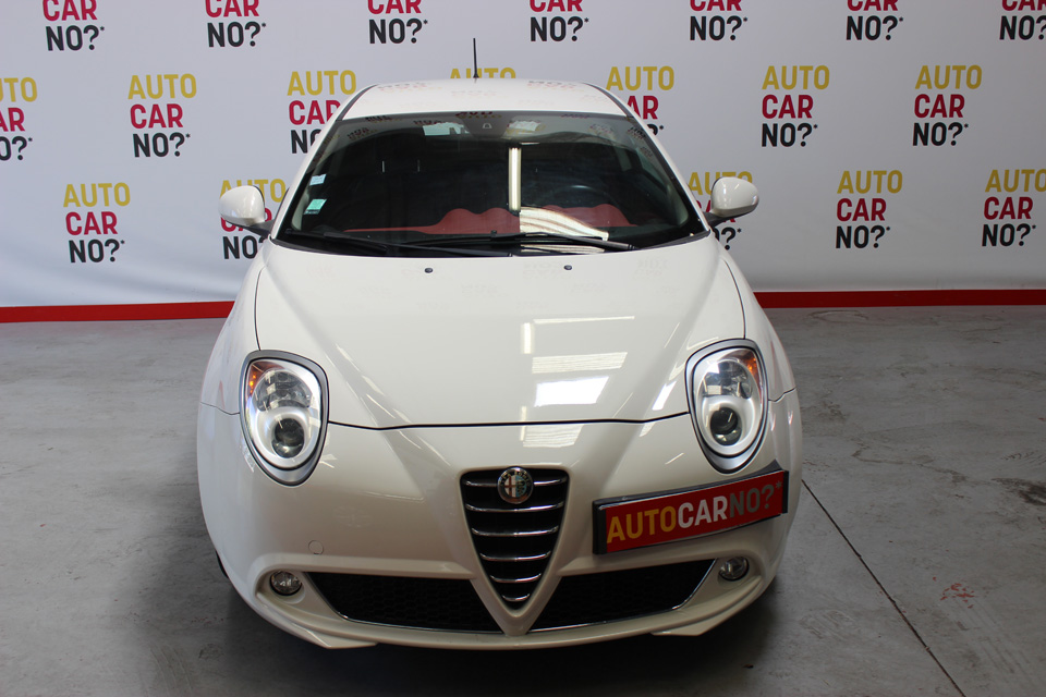 occasion alfa romeo mito 1 3 jtdm 90 distinctive blanc. Black Bedroom Furniture Sets. Home Design Ideas