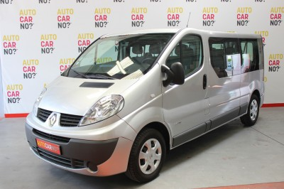 Voiture occasion RENAULT TRAFIC 2 PASSENGER GRAND EXPRESSION DCI 115 EURO5 GRIS Diesel Avignon Vaucluse