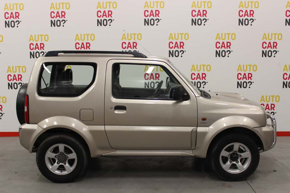 occasion suzuki jimny 1 5 ddis jlx beige diesel avignon. Black Bedroom Furniture Sets. Home Design Ideas