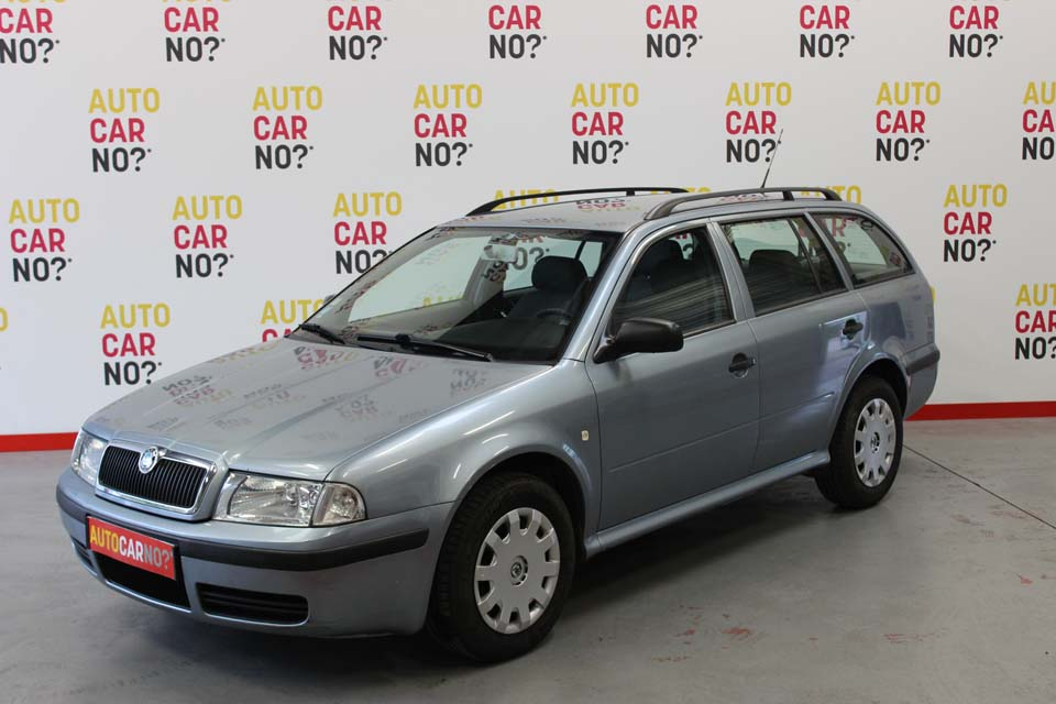 occasion skoda octavia 2 combi tdi 90 cap ouest gris. Black Bedroom Furniture Sets. Home Design Ideas