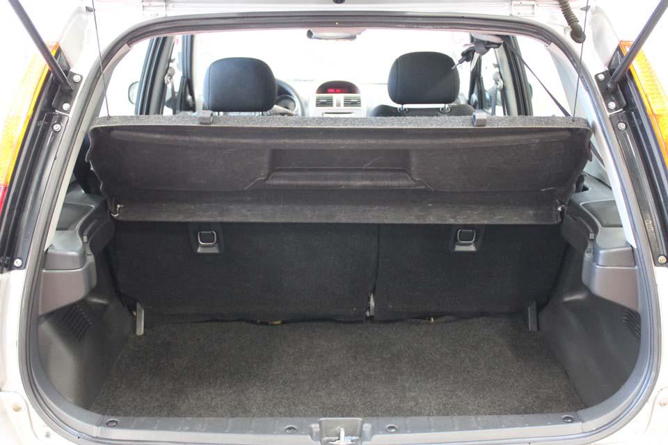 occasion suzuki ignis 1 3 ddis glx 5p gris diesel nimes 8690 auto car no. Black Bedroom Furniture Sets. Home Design Ideas