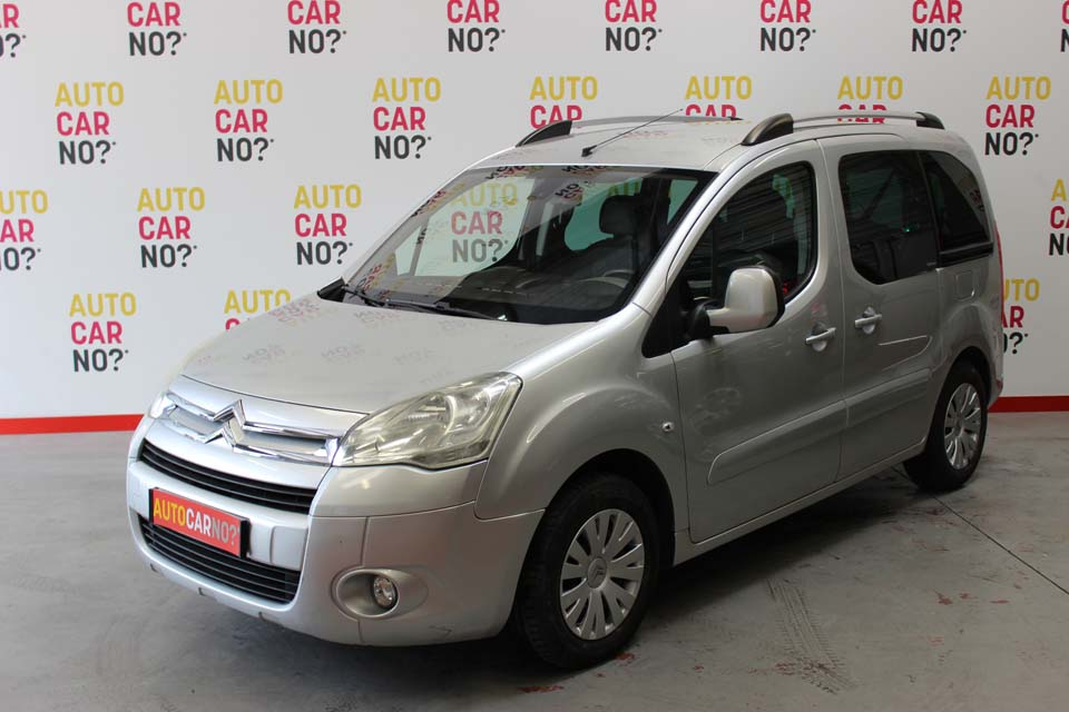 occasion citroen berlingo 2 multispace 1 6 hdi 110 fap multispace pack gris diesel montpellier. Black Bedroom Furniture Sets. Home Design Ideas