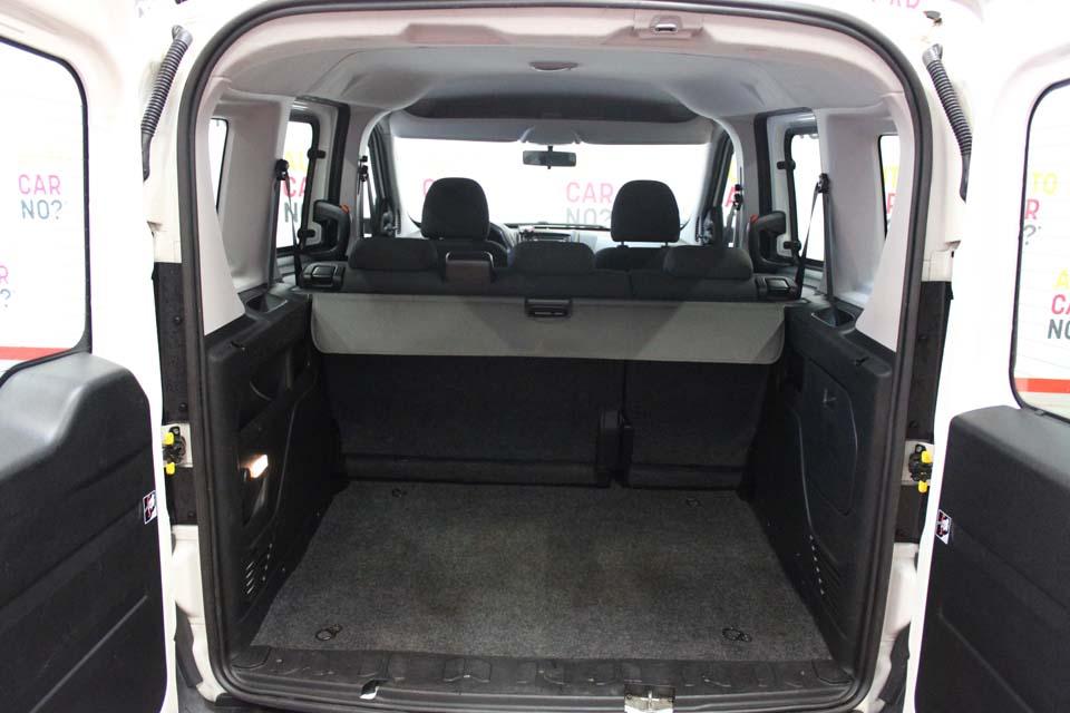 occasion fiat doblo 1 3 multijet 16v 90 team blanc diesel. Black Bedroom Furniture Sets. Home Design Ideas