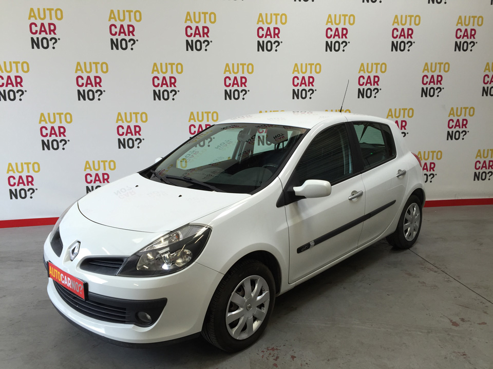 occasion renault clio 3 1 5 dci 70 confort pack clim dynamique 5p blanc diesel montpellier nos. Black Bedroom Furniture Sets. Home Design Ideas