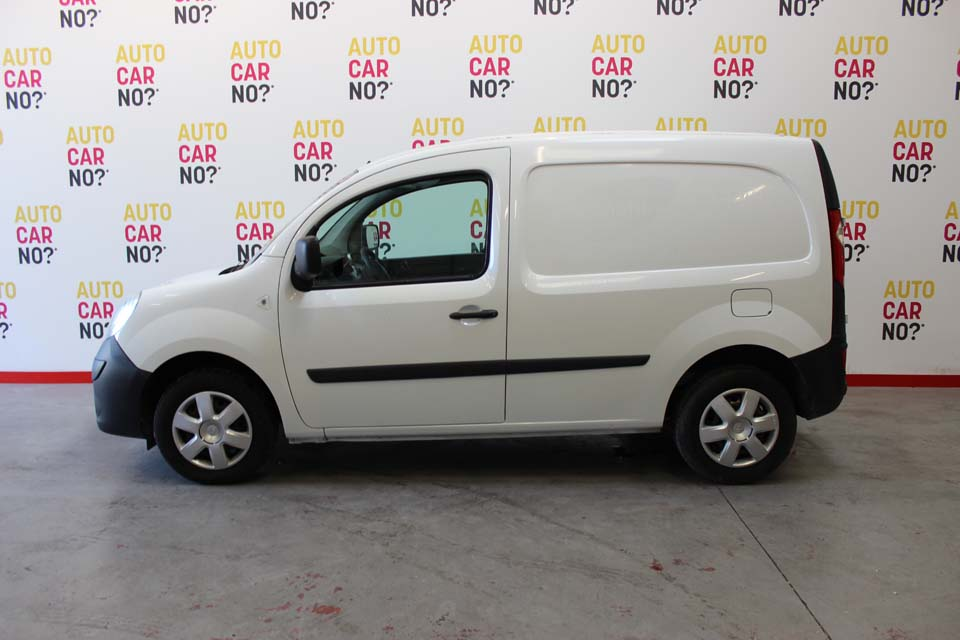 occasion renault kangoo extra 1 5dci 70 blanc diesel arles. Black Bedroom Furniture Sets. Home Design Ideas