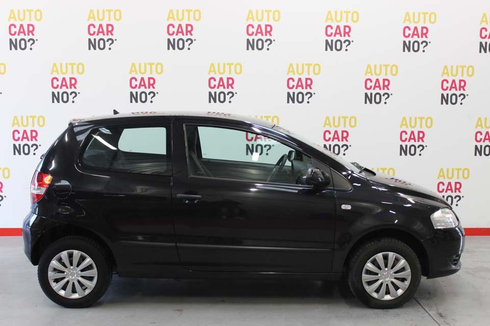 occasion volkswagen fox 1 2 55 trend noir essence nimes 9123 auto car no. Black Bedroom Furniture Sets. Home Design Ideas