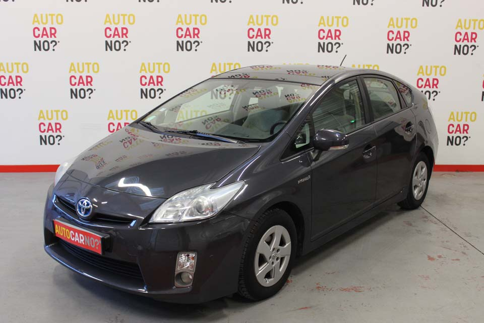 toyota hybrid occasion toyota prius 1 8 hybrid 2010 occasion youtube toyota yaris hybride. Black Bedroom Furniture Sets. Home Design Ideas