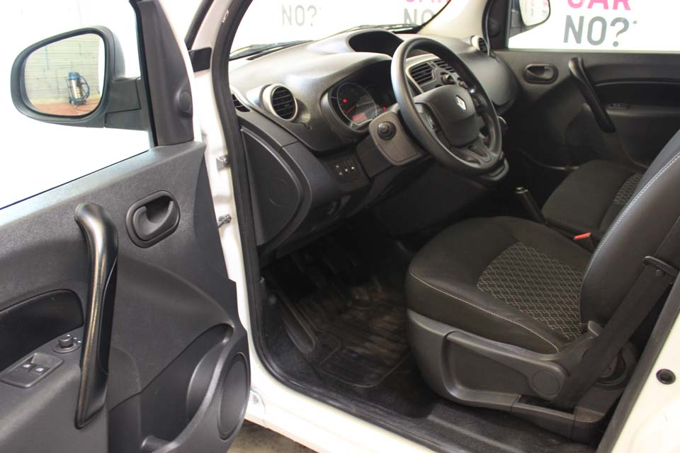 occasion renault kangoo 2 express grand confort energy 1 5 dci 90 blanc diesel al s 9329. Black Bedroom Furniture Sets. Home Design Ideas