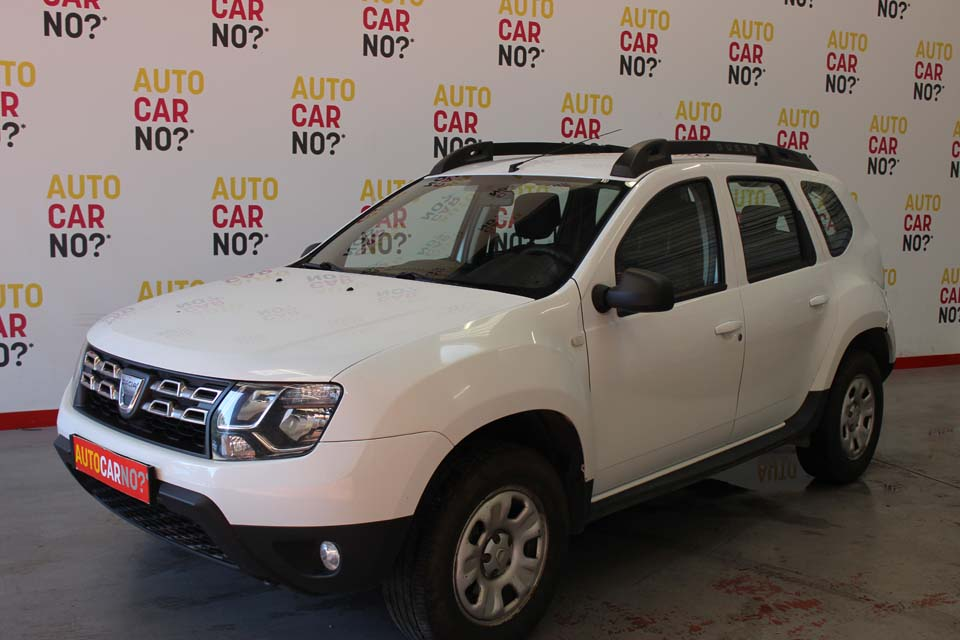 occasion dacia duster 1 5 dci 110 laureate 4x4 blanc. Black Bedroom Furniture Sets. Home Design Ideas
