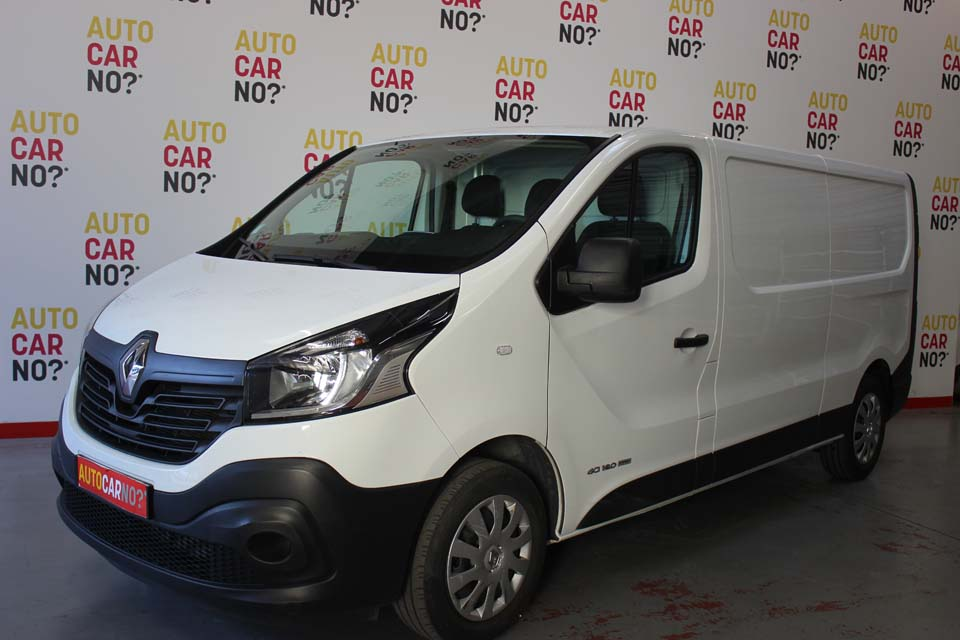occasion renault trafic 3 fourgon grand confort l2h1 1200 dci 120 energy blanc diesel nimes. Black Bedroom Furniture Sets. Home Design Ideas