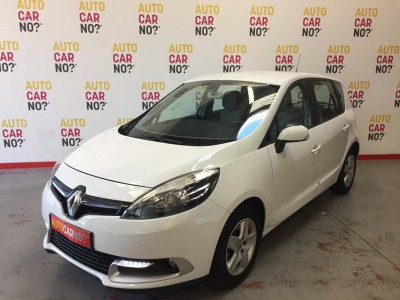 Voiture occasion RENAULT SCENIC 3 1.5 DCI 110 ENERGY LIFE ECO2 BLANC Diesel Montpellier Hérault