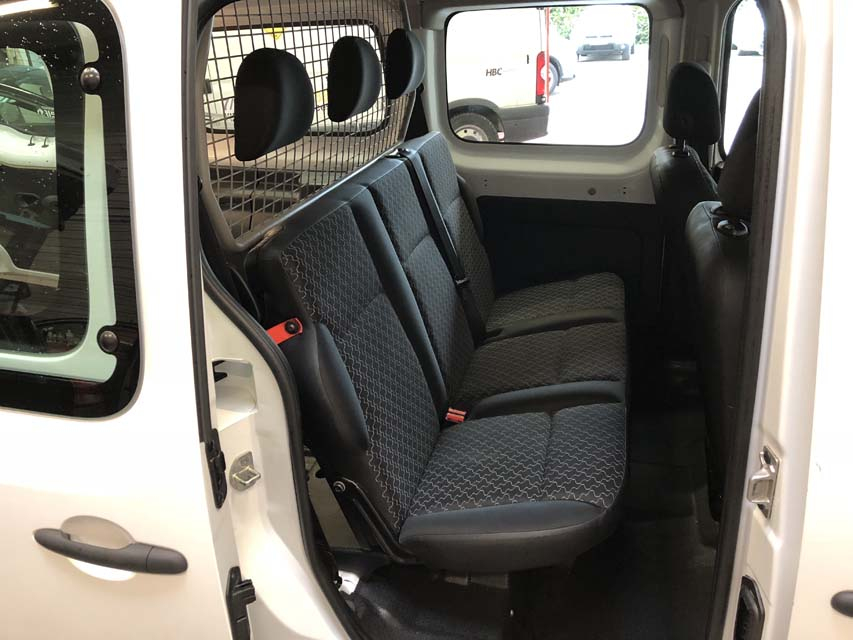 occasion renault kangoo 2 express cabine approfondie maxi. Black Bedroom Furniture Sets. Home Design Ideas