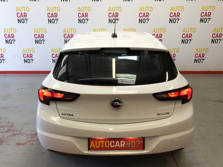 occasion opel astra 1 0 turbo 105 ecoflex s s edition blanc essence montpellier nos occasions. Black Bedroom Furniture Sets. Home Design Ideas