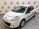 Voiture occasion RENAULT CLIO 3 SOCIETE AIR 1.5 DCI 75 ECO2 BLANC Diesel Nimes Gard