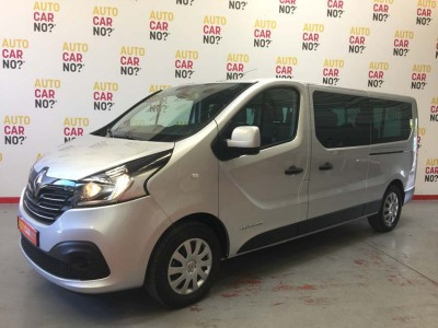 Voiture occasion RENAULT TRAFIC 3 COMBI 1.6 DCI 125 ENERGY INTENS L2 9PL GRIS Diesel Nimes Gard