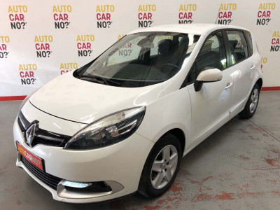 Voiture occasion RENAULT SCENIC 3 1.5 DCI 110 FAP LIFE BLANC Diesel Nimes Gard