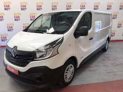 Voiture occasion RENAULT TRAFIC 3 FOURGON GRAND CONFORT L2H1 1200 DCI 120 E6 BLANC Diesel Arles Bouches du Rhône