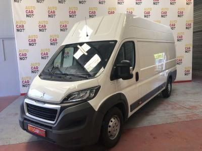 Voiture occasion PEUGEOT BOXER BLANC Diesel Alès Gard