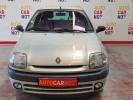 Voiture occasion RENAULT CLIO 2 1.2 MYRIADE GRIS Essence Nimes Gard #2