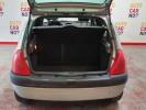 Voiture occasion RENAULT CLIO 2 1.2 MYRIADE GRIS Essence Nimes Gard #8
