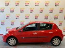 Voiture occasion RENAULT CLIO 1.5 DCI 85 DYNAMIQUE ROUGE Diesel Nimes Gard #3