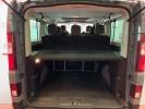 Voiture occasion RENAULT TRAFIC 3 COMBI 2.0 DCI 145 ENERGY INTENS L2 9P GRIS Diesel Arles Bouches du Rhône #8