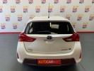 Voiture occasion TOYOTA AURIS BLANC Hybride essence-électrique Arles Bouches du Rhône #5